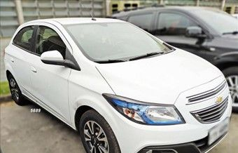 Chevrolet Onix Hatch 1.4 4P FLEX LTZ Flex 2015